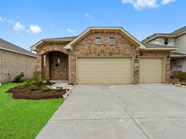 10413 Kern Canyon Drive, Rosharon, TX 77583 (MLS #38444490) :: The SOLD by George Team