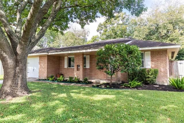 5442 Redstart Street, Houston, TX 77096 (MLS #38480692) :: Caskey Realty