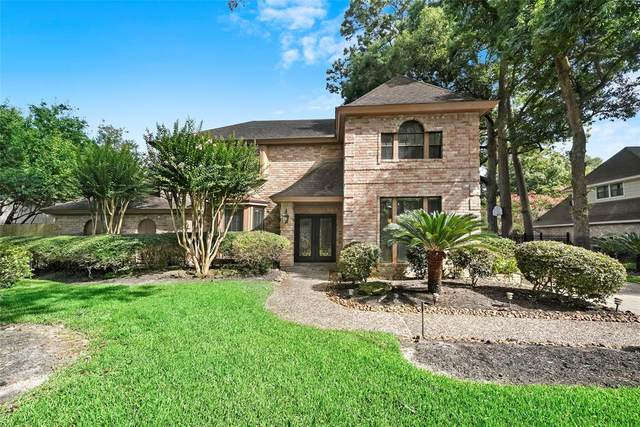 2319 Willow Pass Drive, Kingwood, TX 77339 (#38544549) :: ORO Realty