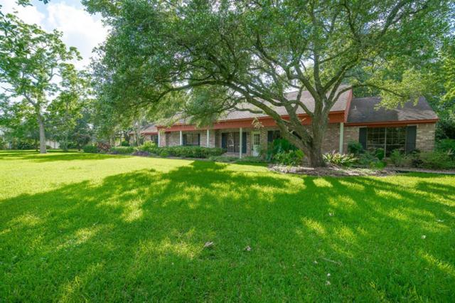 304 N Clear Creek Drive, Friendswood, TX 77546 (MLS #38548298) :: Texas Home Shop Realty