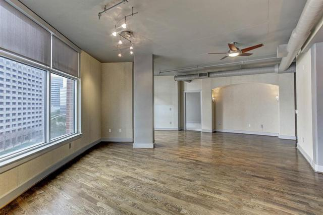 1901 Post Oak Blvd #709, Houston, TX 77056 (MLS #38556757) :: Texas Home Shop Realty