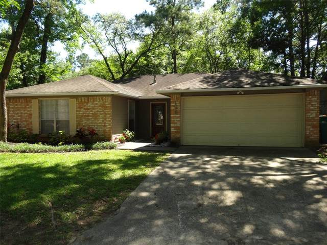 156 W Woodstock Circle Drive, The Woodlands, TX 77381 (MLS #38614172) :: The Bly Team