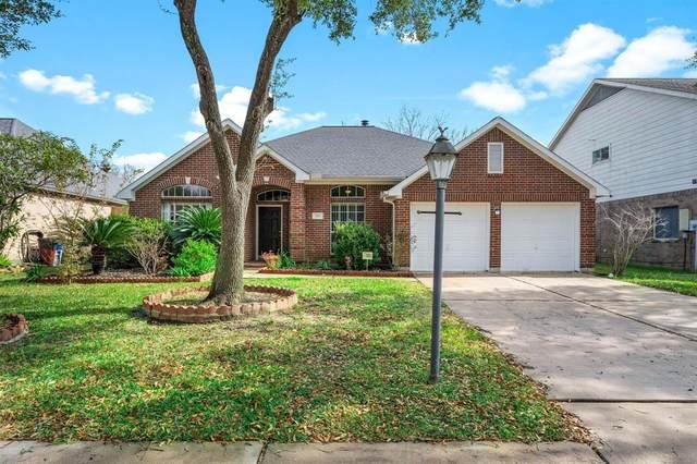 306 Tree Bark Lane, League City, TX 77573 (MLS #38638759) :: Ellison Real Estate Team