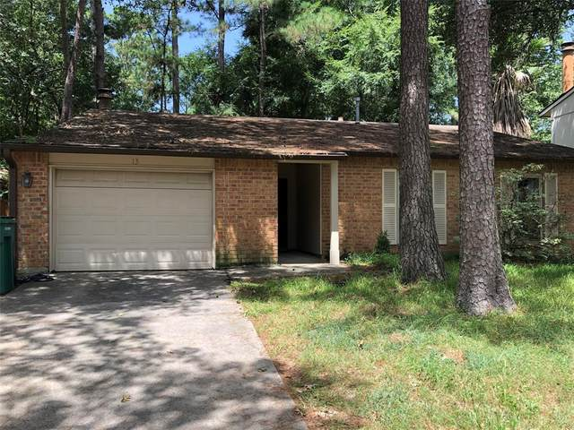 13 Raven Ridge Lane Lane, The Woodlands, TX 77380 (MLS #38694289) :: The Freund Group