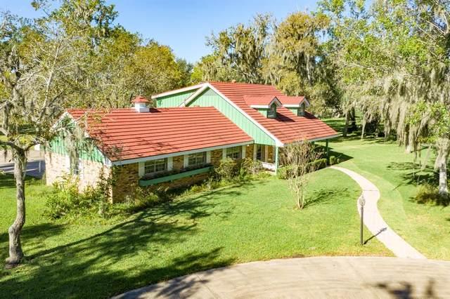 102 Schrader Lane, Lake Jackson, TX 77566 (MLS #38708174) :: My BCS Home Real Estate Group