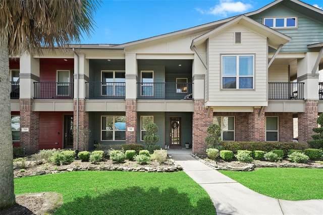 721 Via Lago, Webster, TX 77598 (MLS #38753723) :: Lisa Marie Group | RE/MAX Grand