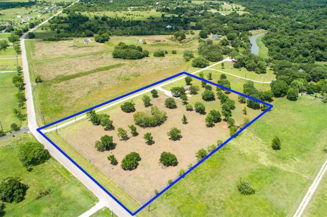10407 County Road 200, Alvin, TX 77511 (MLS #38834108) :: The Sold By Valdez Team