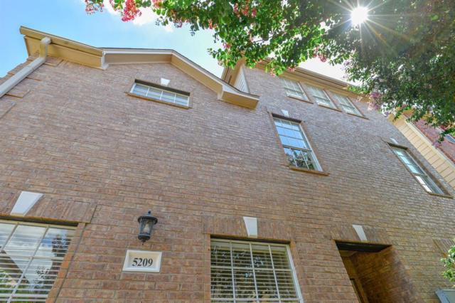 5209 Blossom Street, Houston, TX 77007 (MLS #38898563) :: Texas Home Shop Realty