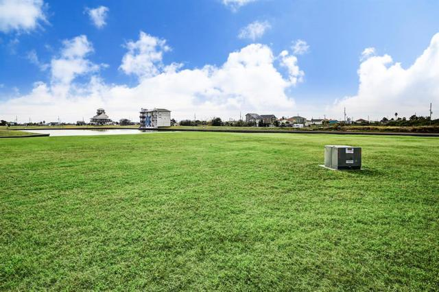1804 Laguna Harbor Estates Blvd Boulevard, Port Bolivar, TX 77650 (MLS #3895294) :: The SOLD by George Team