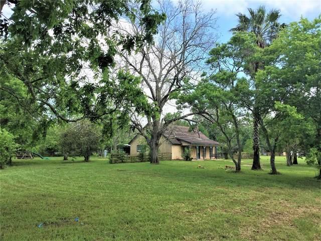 37804 Broncho Road, Simonton, TX 77476 (MLS #38972631) :: Ellison Real Estate Team