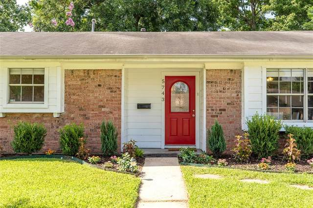 5743 Firenza Dr Drive, Houston, TX 77035 (MLS #3900454) :: The SOLD by George Team
