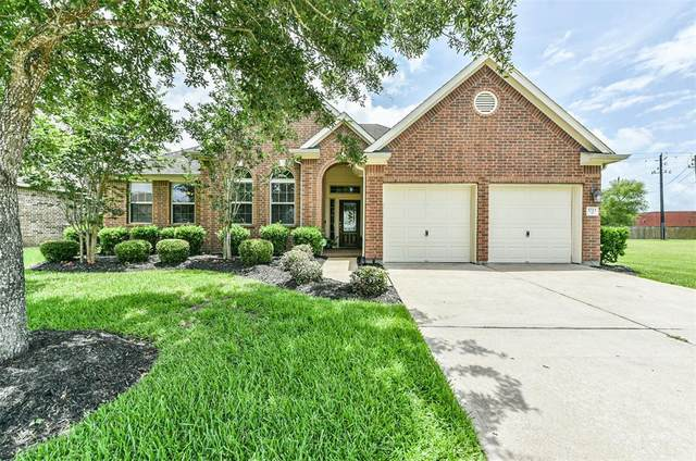 1723 Brighton Brook Lane, Pearland, TX 77581 (MLS #39035879) :: The Bly Team
