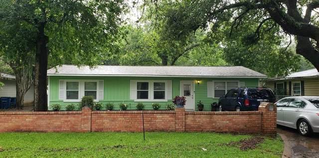 1304 West Street, Rosenberg, TX 77471 (MLS #39040095) :: The SOLD by George Team