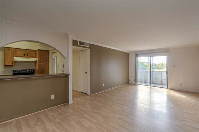 3025 Walnut Bend Lane #28, Houston, TX 77042 (MLS #3905586) :: The Sansone Group