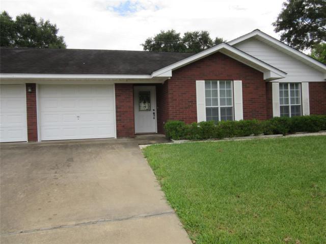 103 Creekwood Drive, Schulenburg, TX 78956 (MLS #39088347) :: The SOLD by George Team