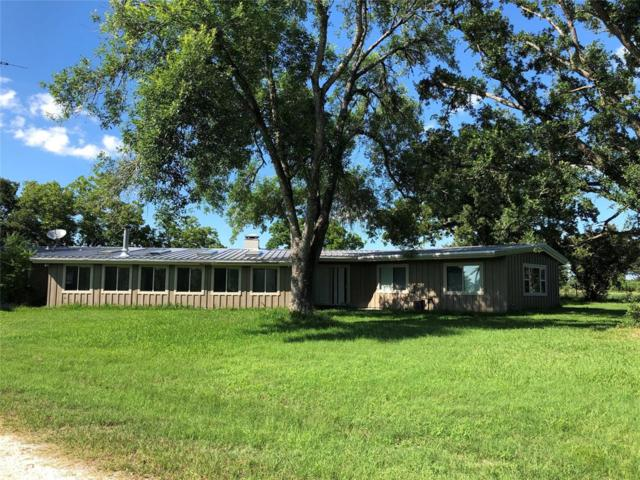 14 Duerer Road, Huntsville, TX 77320 (MLS #3909693) :: The SOLD by George Team