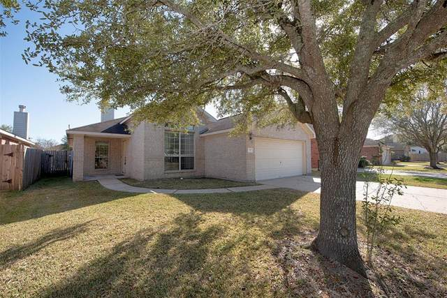 727 Chase View Drive, Bacliff, TX 77518 (MLS #39146094) :: Lerner Realty Solutions