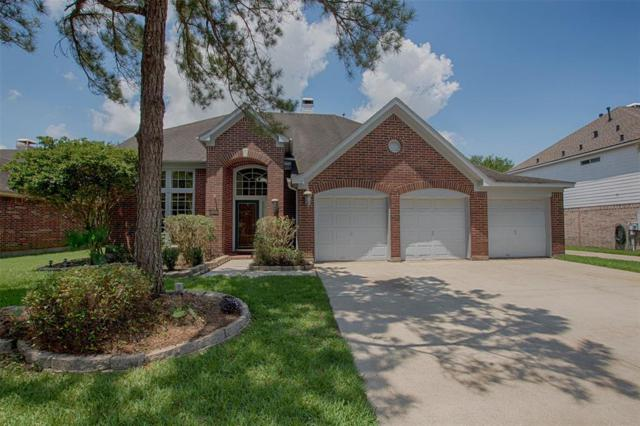 125 Crescent Bay Drive, League City, TX 77573 (MLS #39182578) :: The Bly Team