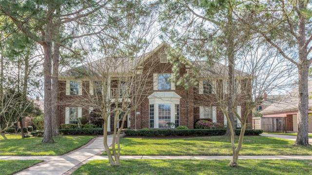 903 Lake Country Dr, Seabrook, TX 77586 (MLS #39193959) :: Rachel Lee Realtor