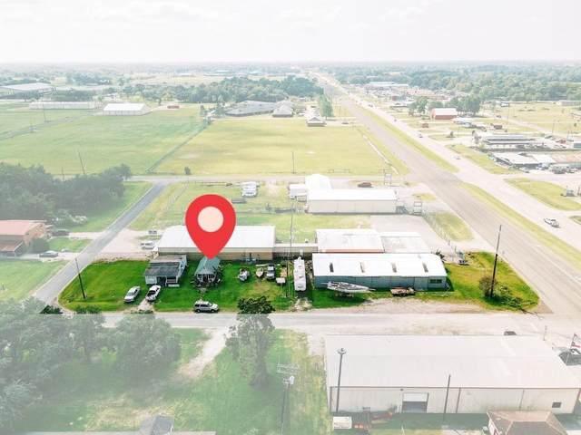 118 Walnut Avenue, Winnie, TX 77665 (MLS #39222362) :: Michele Harmon Team