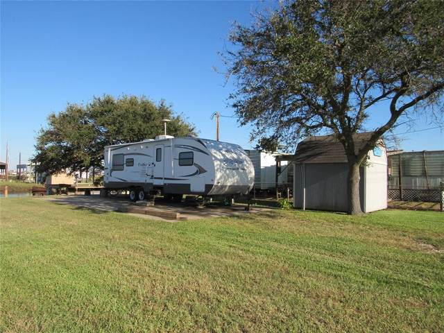 599 County Road 201, Sargent, TX 77414 (MLS #3931046) :: Texas Home Shop Realty
