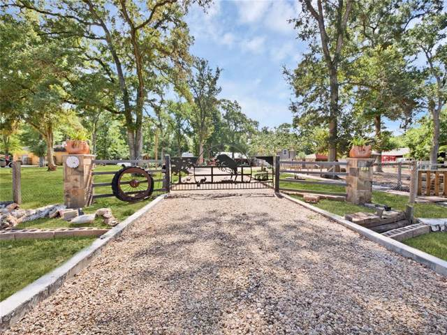 604 Wrangler Road, Wallis, TX 77485 (MLS #3938022) :: The Sansone Group