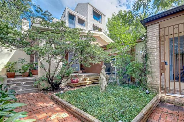 1210 Miramar Street, Houston, TX 77006 (MLS #39469515) :: Christy Buck Team