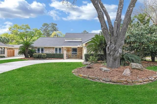 3915 Garden Lake Drive, Kingwood, TX 77339 (MLS #39525412) :: The Parodi Team at Realty Associates