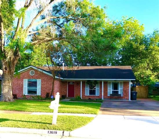 13619 Greenbriar Drive, Sugar Land, TX 77498 (MLS #39542981) :: The Heyl Group at Keller Williams