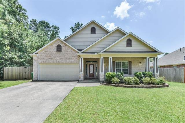 212 Pebble Springs Lane, Cleveland, TX 77327 (MLS #39554671) :: The Bly Team