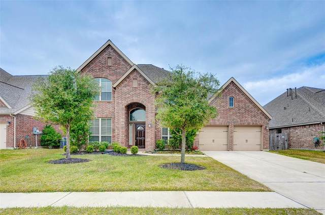 1822 Emerald Trace Lane, Pearland, TX 77584 (MLS #39572369) :: The Bly Team