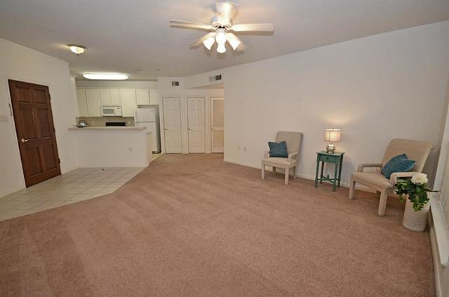 2803 Kings Crossing Drive #112, Kingwood, TX 77345 (MLS #39577747) :: Red Door Realty & Associates