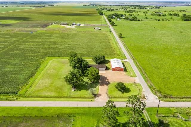 1501 County Road 23, Damon, TX 77430 (MLS #39613399) :: The Property Guys