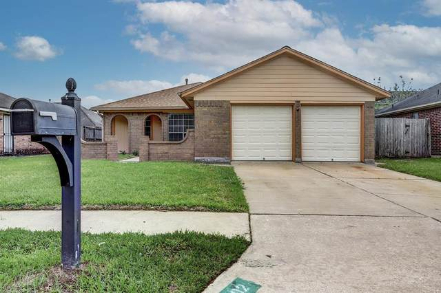 1702 Wildgrove Drive, Pasadena, TX 77504 (MLS #39695556) :: The Freund Group