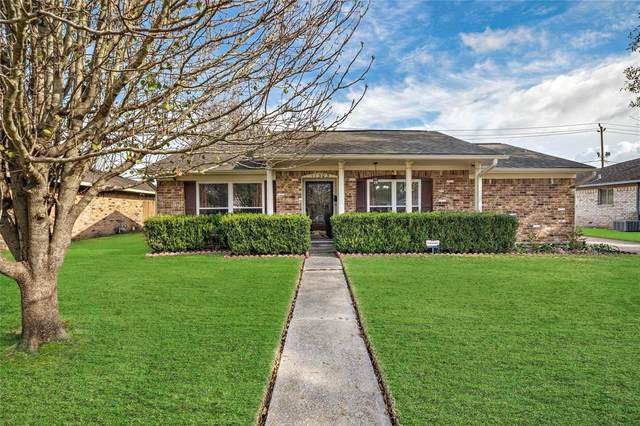 11303 Sagevalley Drive, Houston, TX 77089 (MLS #39740921) :: The Home Branch