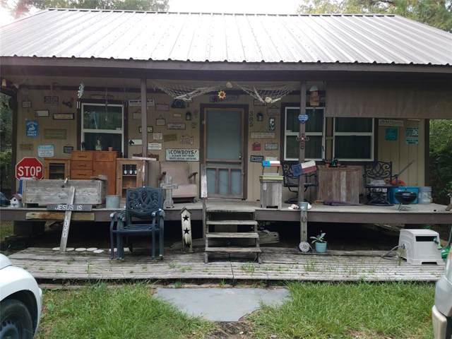 385 Norfolk, Livingston, TX 77351 (MLS #39798534) :: The Parodi Team at Realty Associates