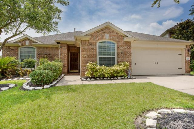 3285 Bend Cove Ct Court, League City, TX 77573 (MLS #39857913) :: Rachel Lee Realtor