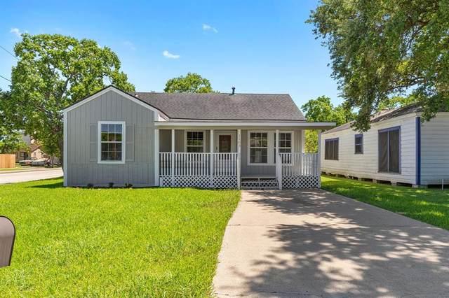 1103 W 5th Street, Freeport, TX 77541 (MLS #39887877) :: Christy Buck Team