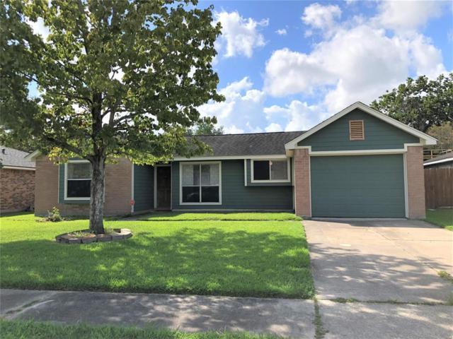 2805 Travellers Street, League City, TX 77573 (MLS #39895535) :: Christy Buck Team