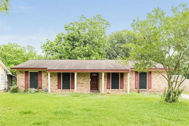 117 Cannon Street, Clute, TX 77531 (MLS #39904193) :: The Parodi Team at Realty Associates
