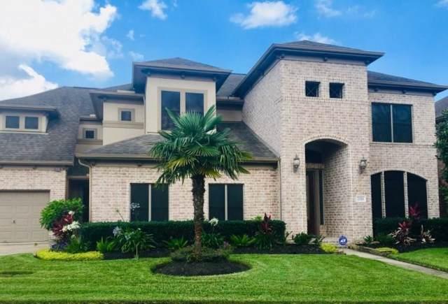 2253 Lake Cove Way, Seabrook, TX 77586 (MLS #39952261) :: Ellison Real Estate Team