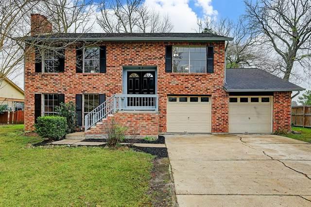 236 E Castle Harbour Drive, Friendswood, TX 77546 (MLS #39986301) :: Ellison Real Estate Team