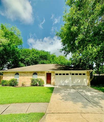 2812 Woodhall Court, League City, TX 77573 (MLS #40110155) :: The Bly Team