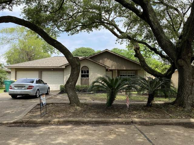 1704 Bimini Way, Seabrook, TX 77586 (MLS #40122828) :: The Bly Team