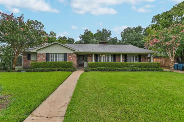 10715 Meadow Lake Lane, Houston, TX 77042 (MLS #40222353) :: The SOLD by George Team