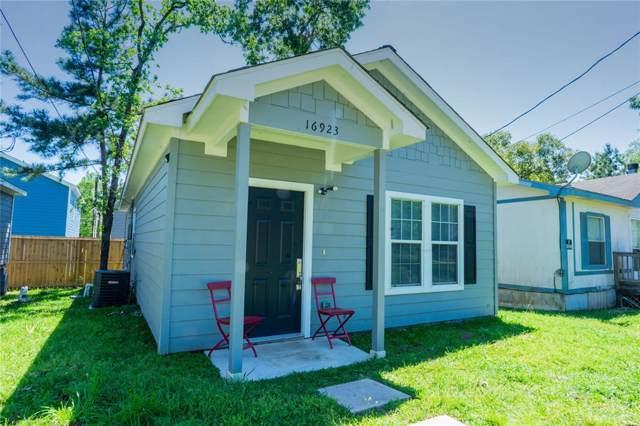 16923 W Forrestal, Montgomery, TX 77316 (MLS #4022338) :: Green Residential