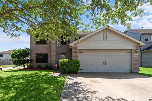 10634 Country Squire Boulevard, Baytown, TX 77523 (MLS #40288259) :: Guevara Backman