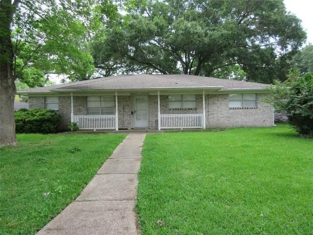 2307 Buchanan Drive, Baytown, TX 77520 (MLS #40307899) :: Michele Harmon Team