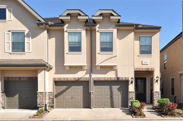 3027 Royal Oaks Grove, Houston, TX 77082 (MLS #40360117) :: Texas Home Shop Realty