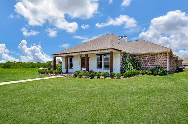 7735 Water Edge, Beaumont, TX 77707 (MLS #40388127) :: The Bly Team